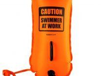Boya Natación Buddy Swim SWIMMER AT WORK